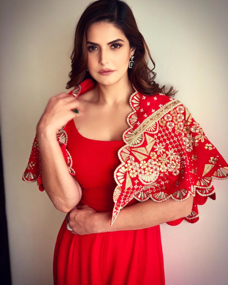 HD Zarine Khan Bolliwood Photo