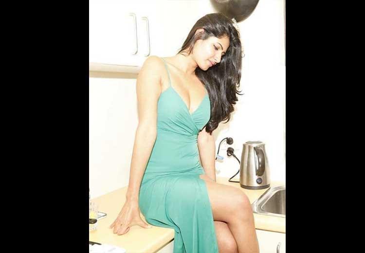 Ashima Narwal Hot Images