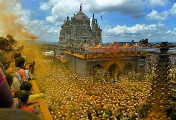 Somvati Utsav Festival