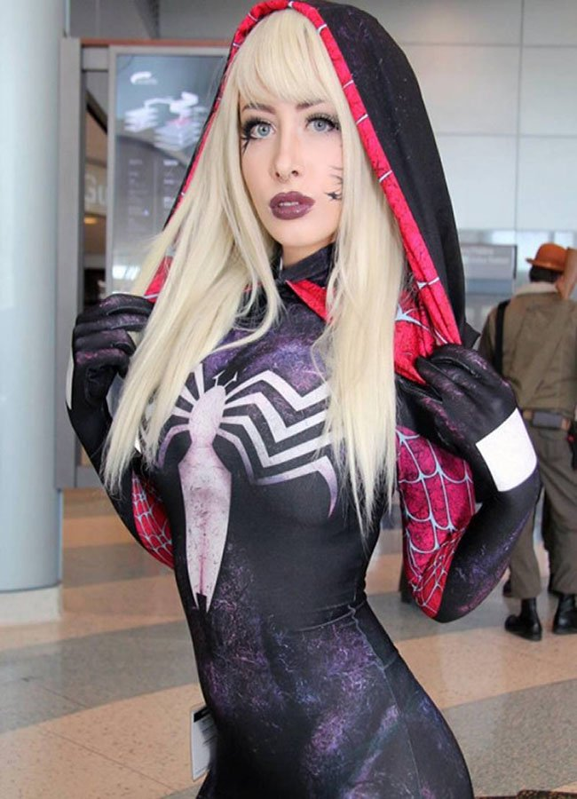 Hottest Cosplay Girl